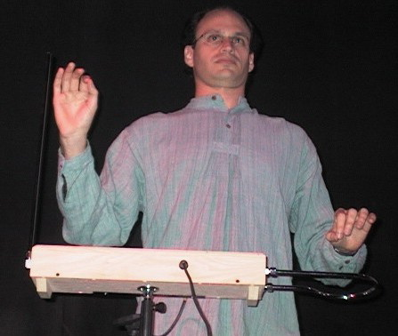 http://www.ime.usp.br/~kon/images/Theremin.jpg